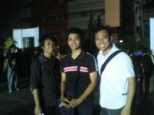 Ayan kuha namin, thanks kay Manong na nagbebenta ng Payong